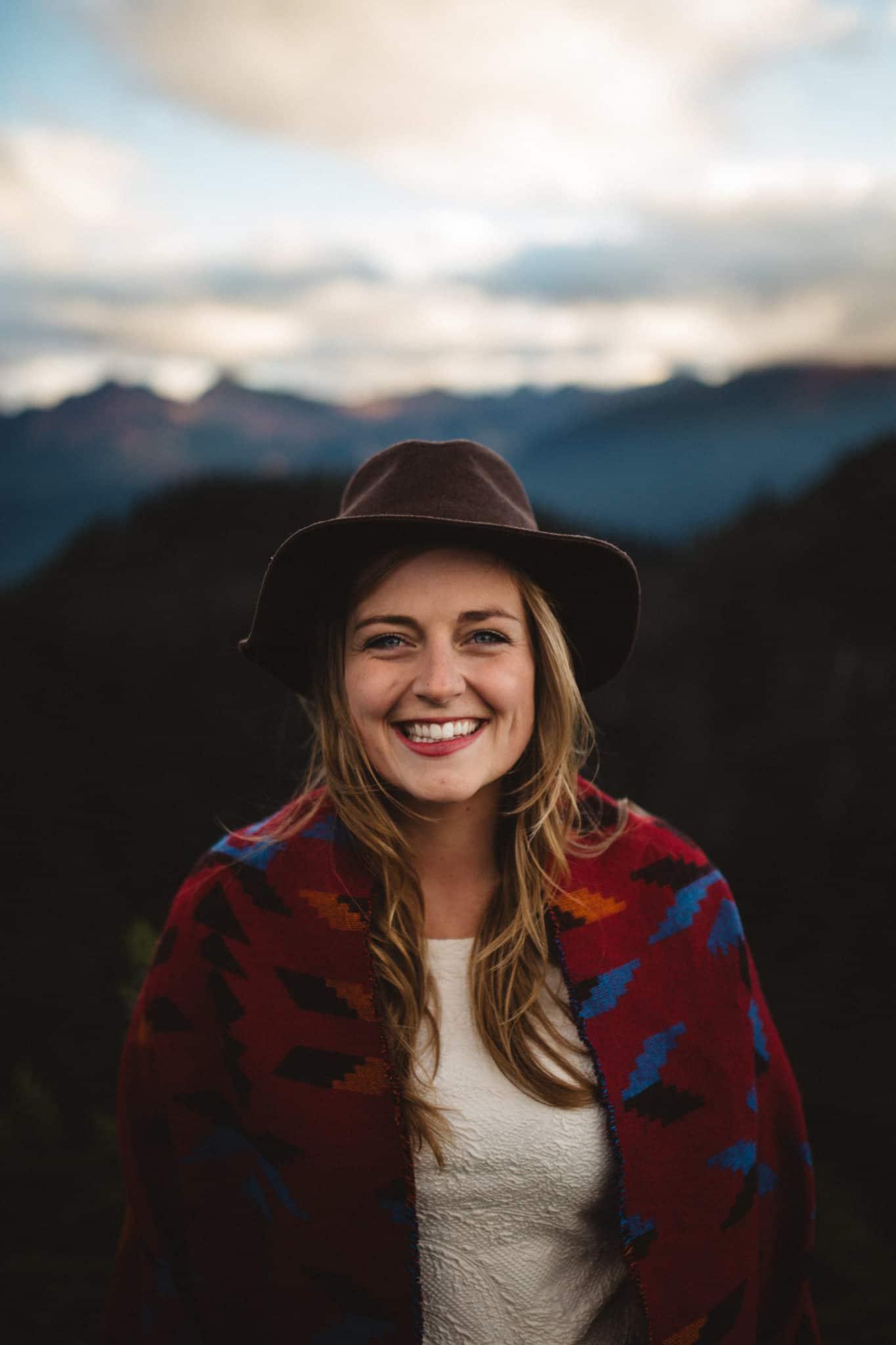 Artist Point, Mt Baker - PNW Engagement shoot locations - TheMandagies.com