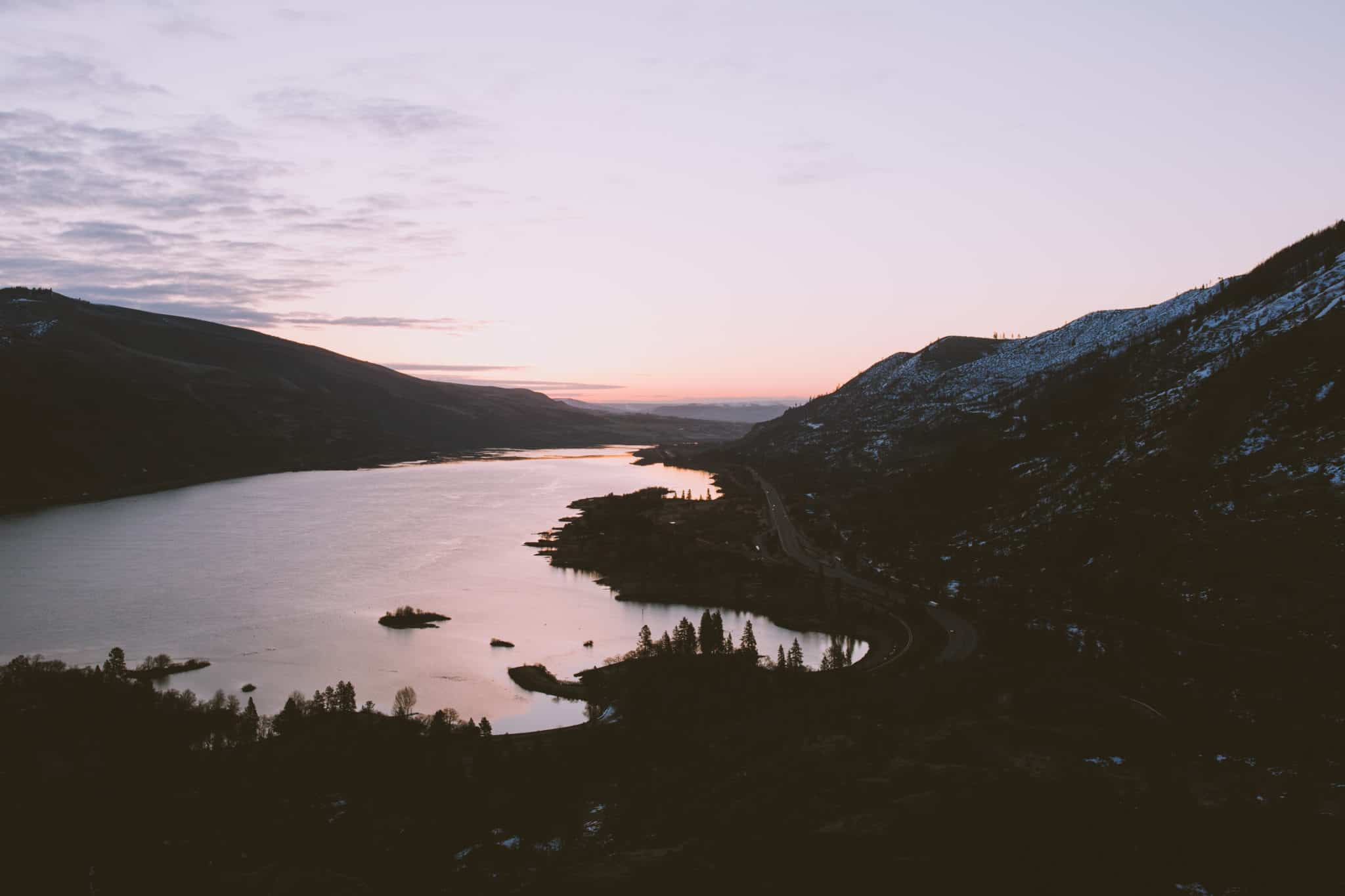 Columbia River Gorge - How To Protect and Conserve our State and National Forests and Areas in The Pacific Northwest (Oregon, Washington, Idaho, California) - TheMandagies.com