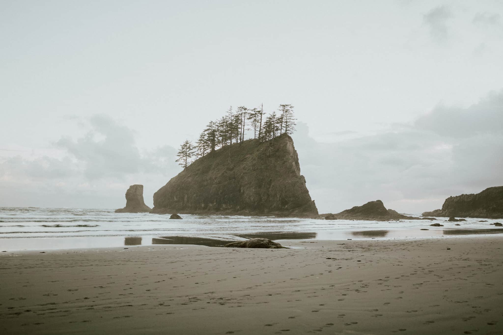 Hikes In Washington State - La Push Second Beach