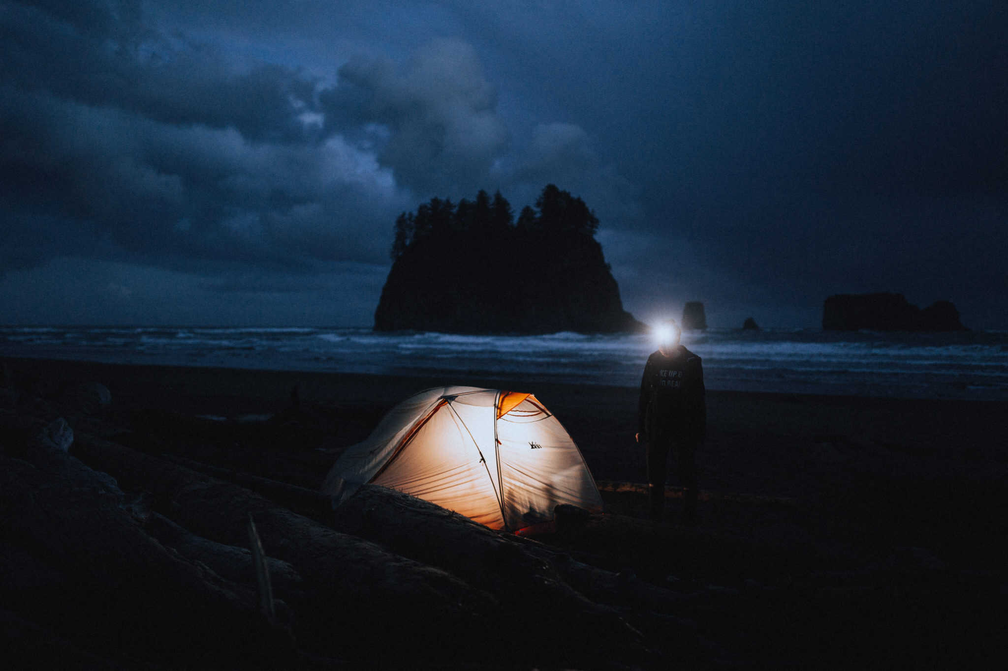 How To Successfully Go Beach Camping