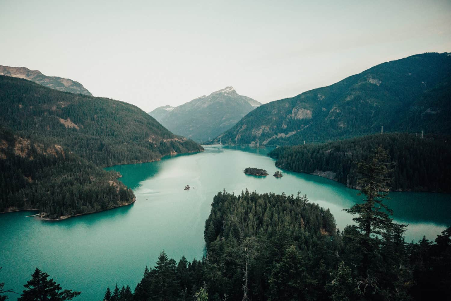 Amazing Washington State Photo Locations - Diablo Lake - TheMandagies.com