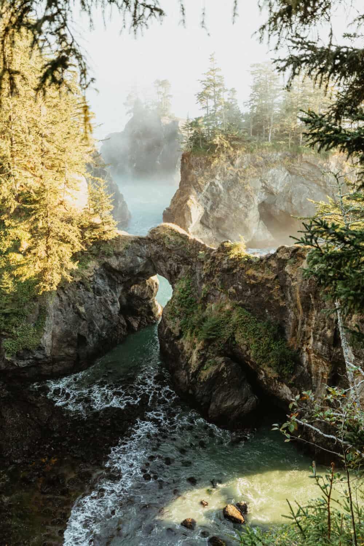 Best Beaches on the Southern Oregon Coast - Natural Bridges