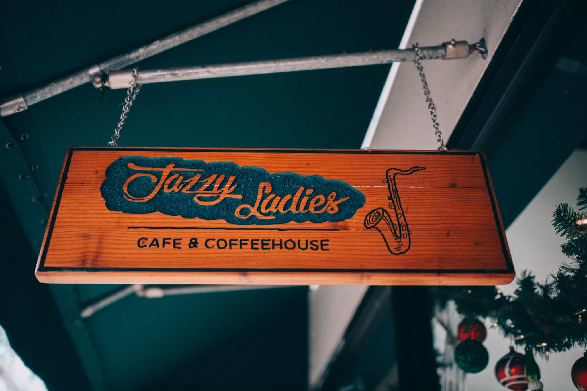 12 Laid-Back Things To Do In Eugene, Oregon - Jazzy Ladies Cafe