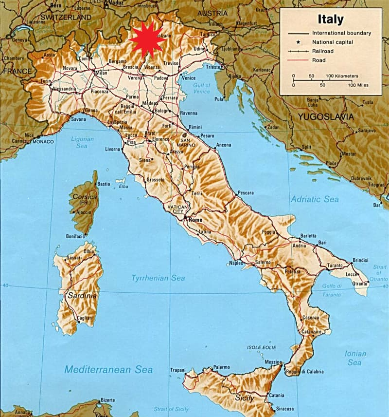 Plan the ultimate trip to Northern Italy and explore the Dolomites! TheMandagies.com (Map of Italy)