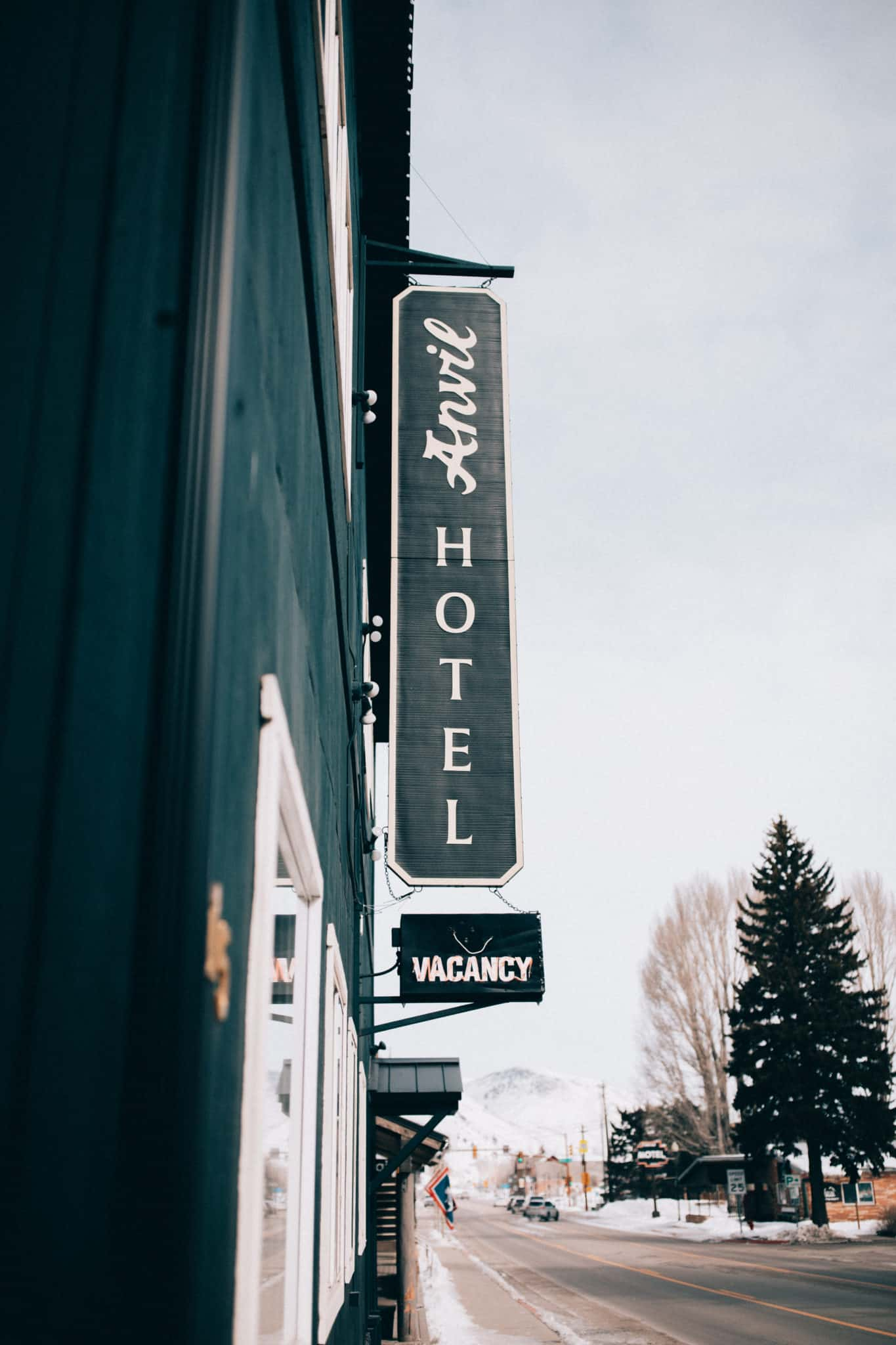 Anvil Hotel Near Grand Teton National Park - TheMandagies.com
