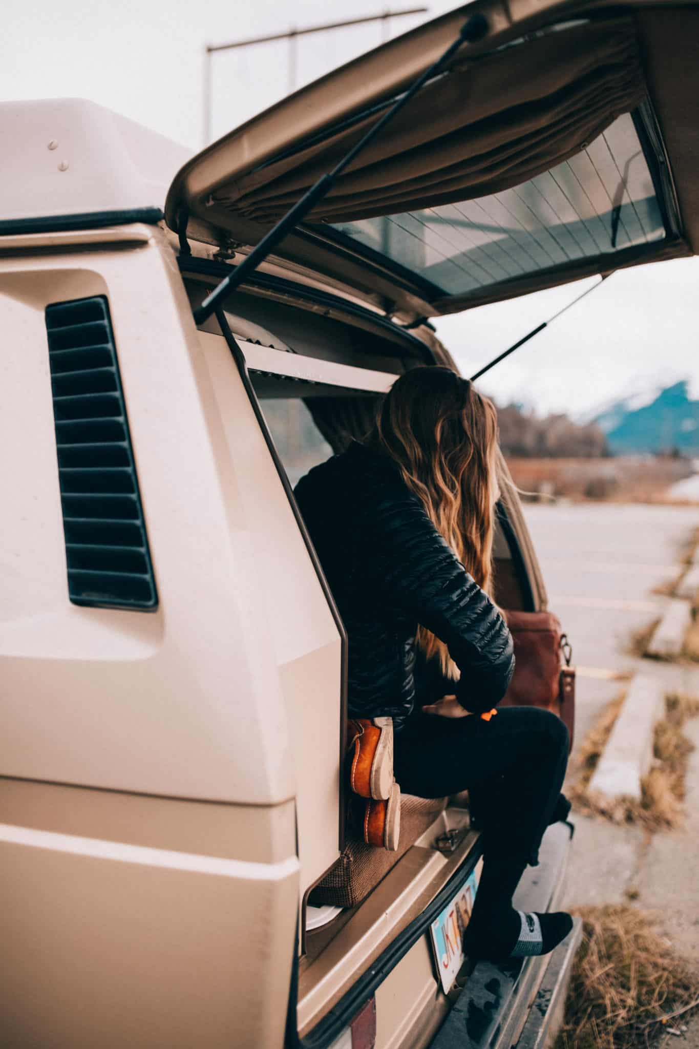 VW Westfalia on Turnagain Arm, Alaska- TheMandagies.om