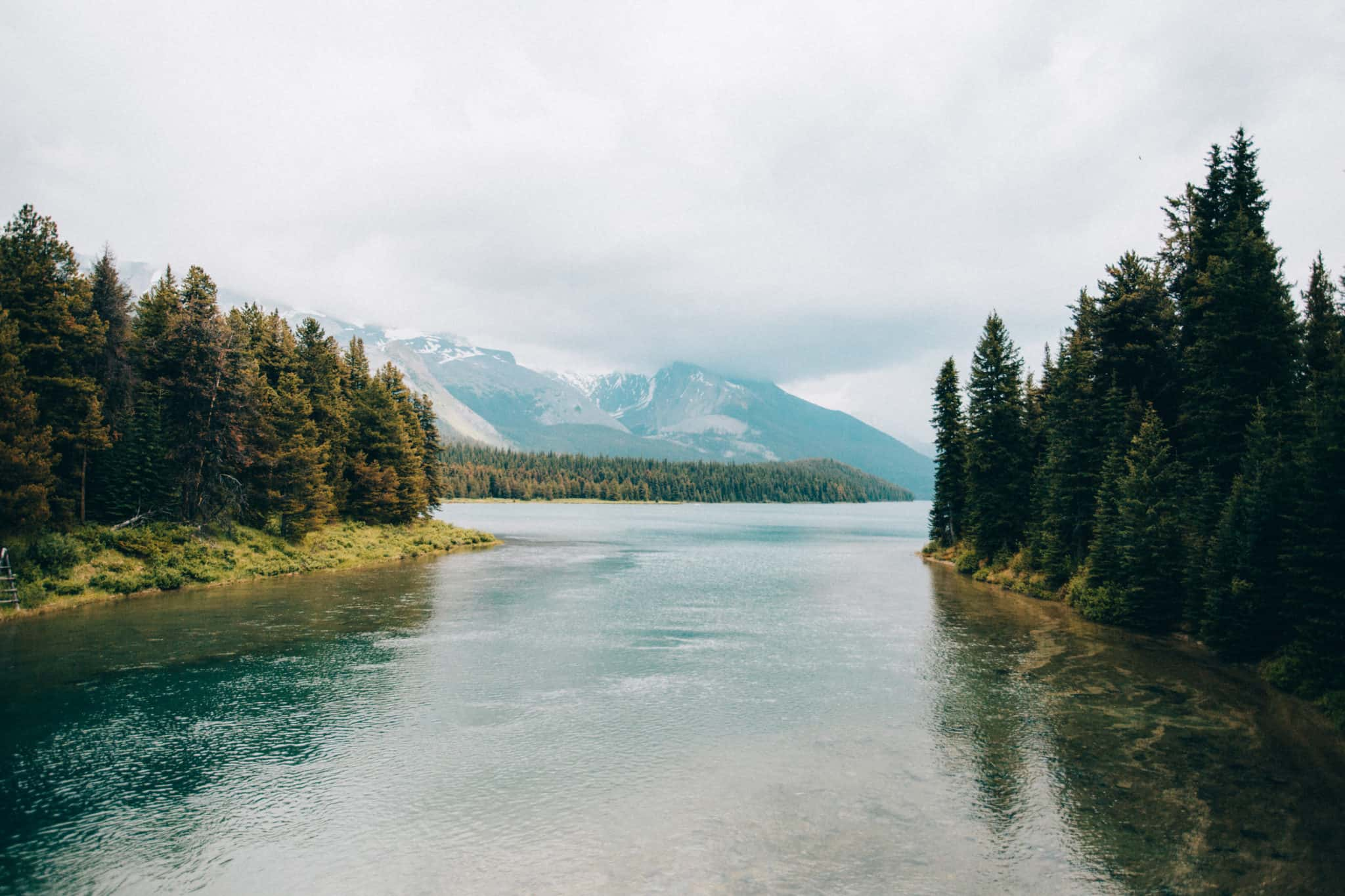 Photo Spots In Jasper - Maligne Lake