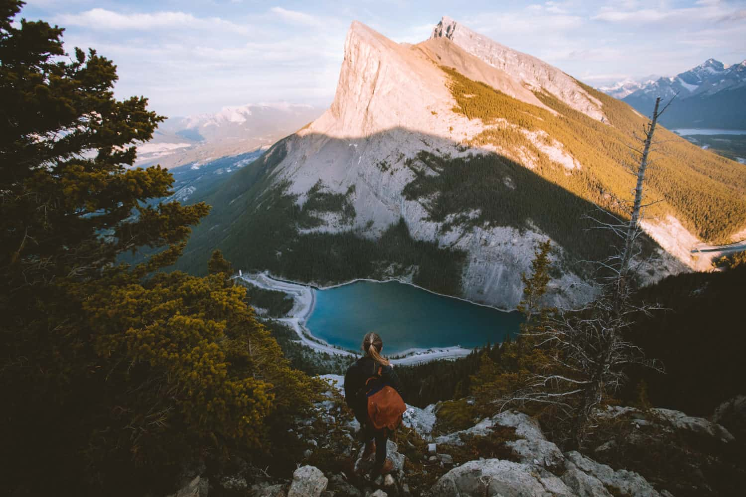 the epic east end of rundle hike  eeor trail  in alberta  canada