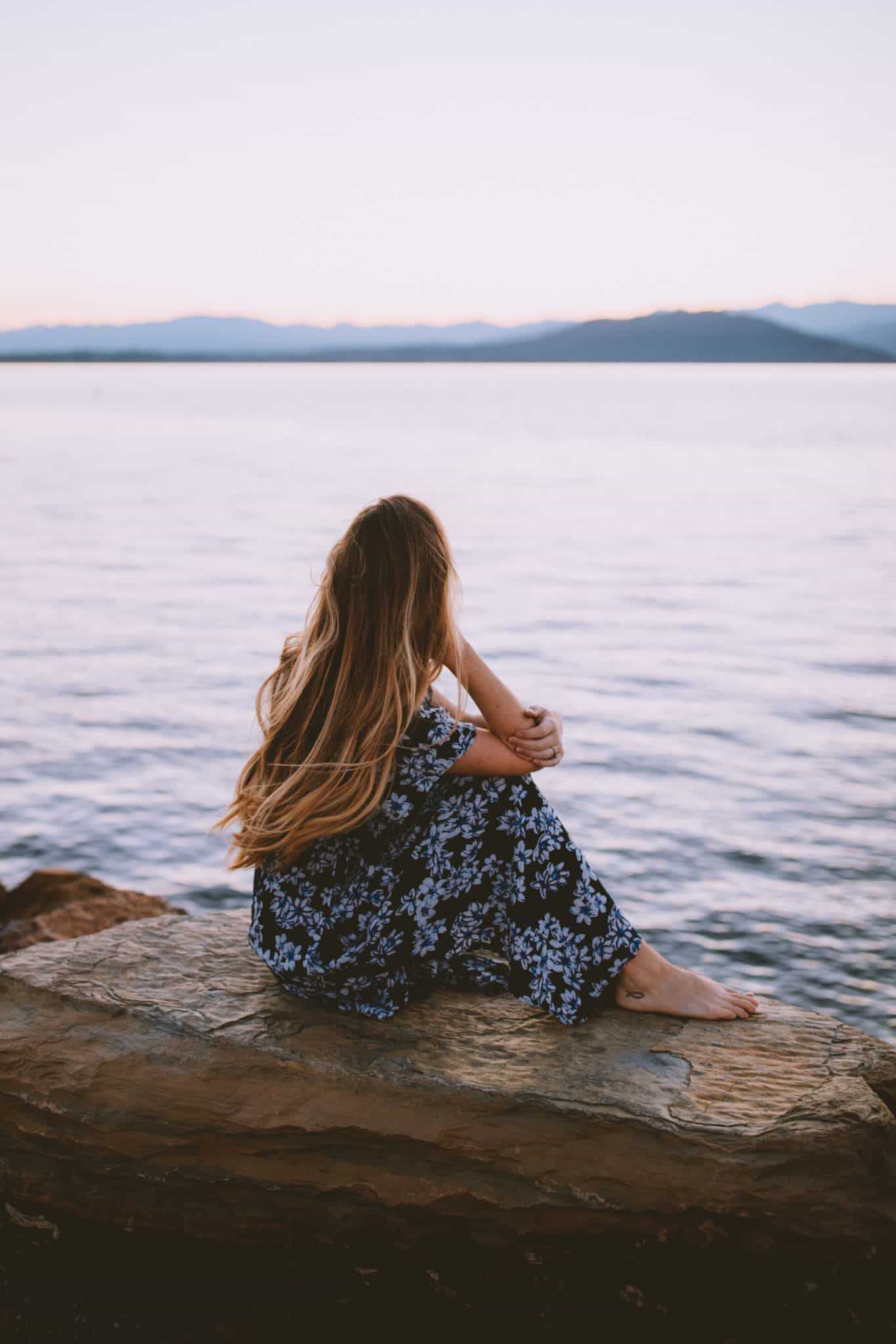 Emily Mandagie watching sunrise Sandpoint, Idaho