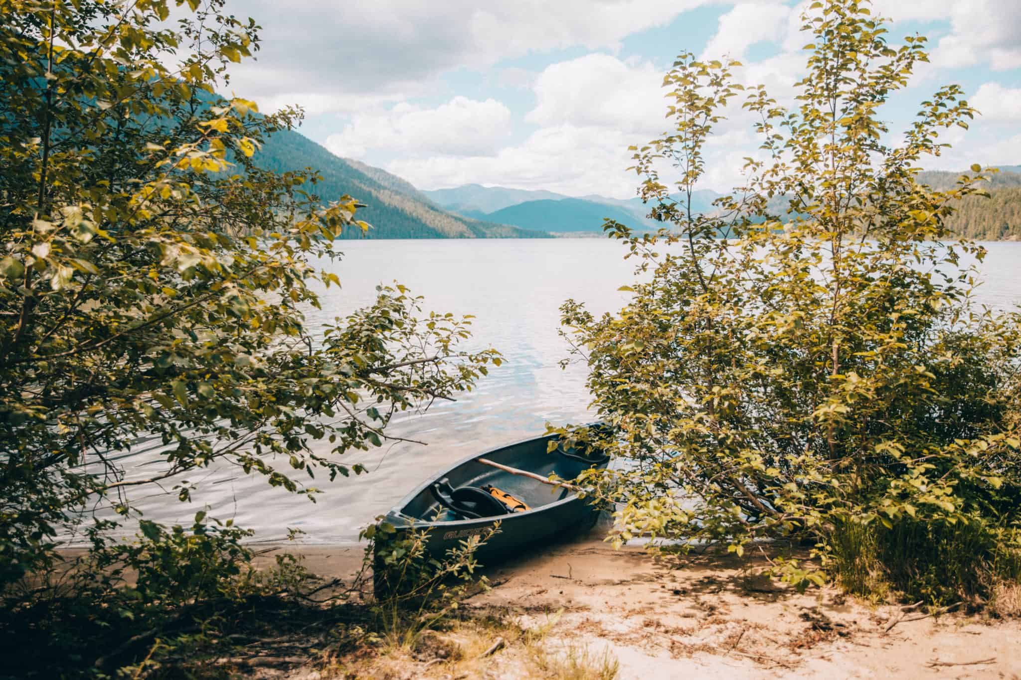 Priest Lake, canoe in Upper Priest Lake Idaho - The Mandagies