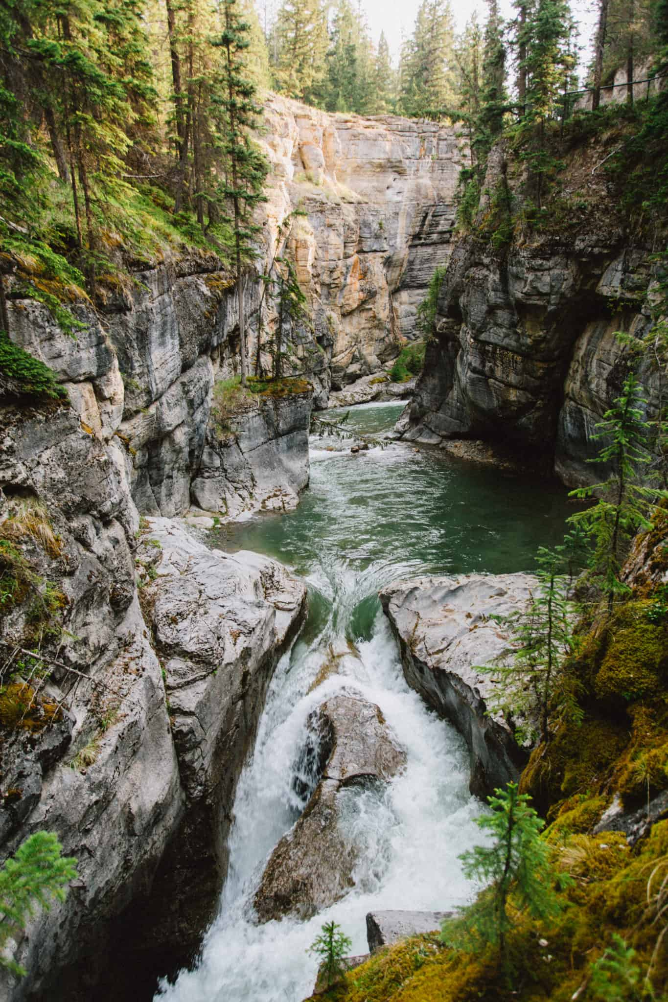 Maligne Canyon - Jasper National Park, Alberta, Canada - TheMandagies.com