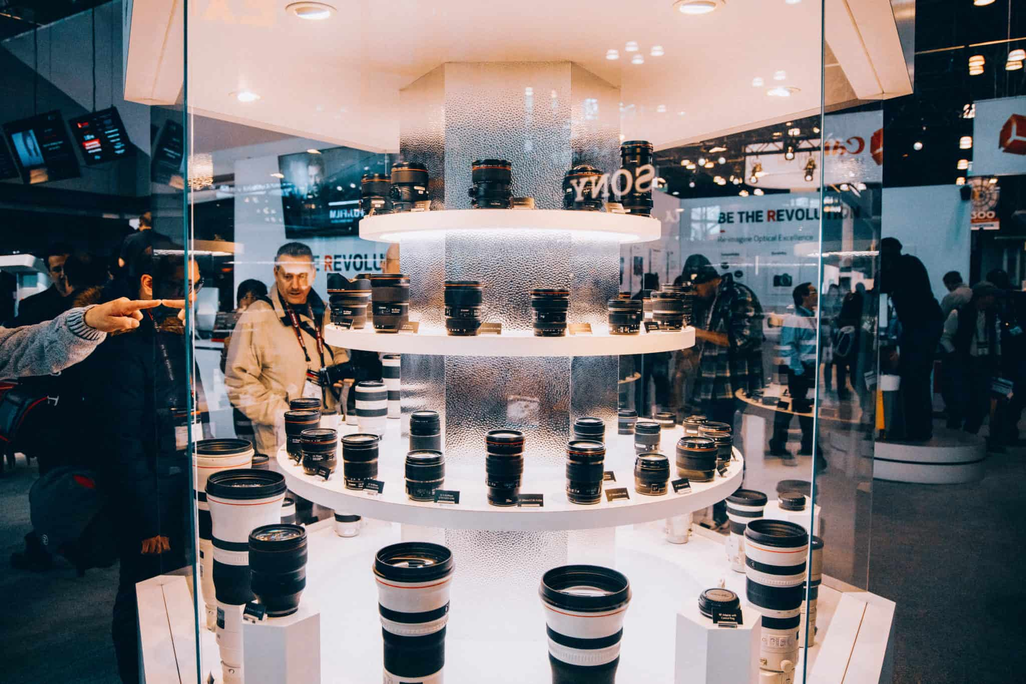 Canon camera lenses at Javits Center, NYC - TheMandagies.com