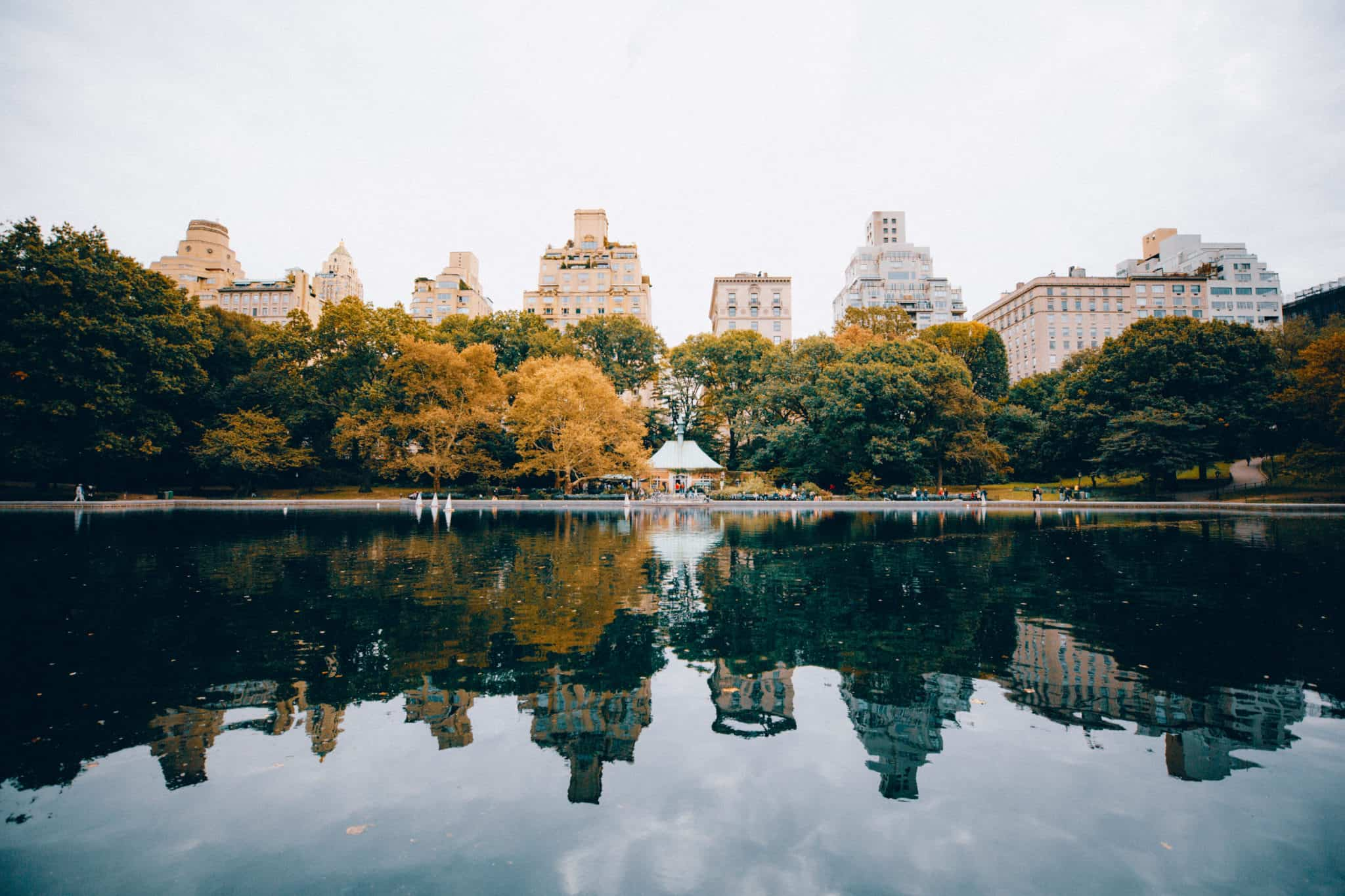 Reflection Lake in Central Park NYC - TheMandagies.com