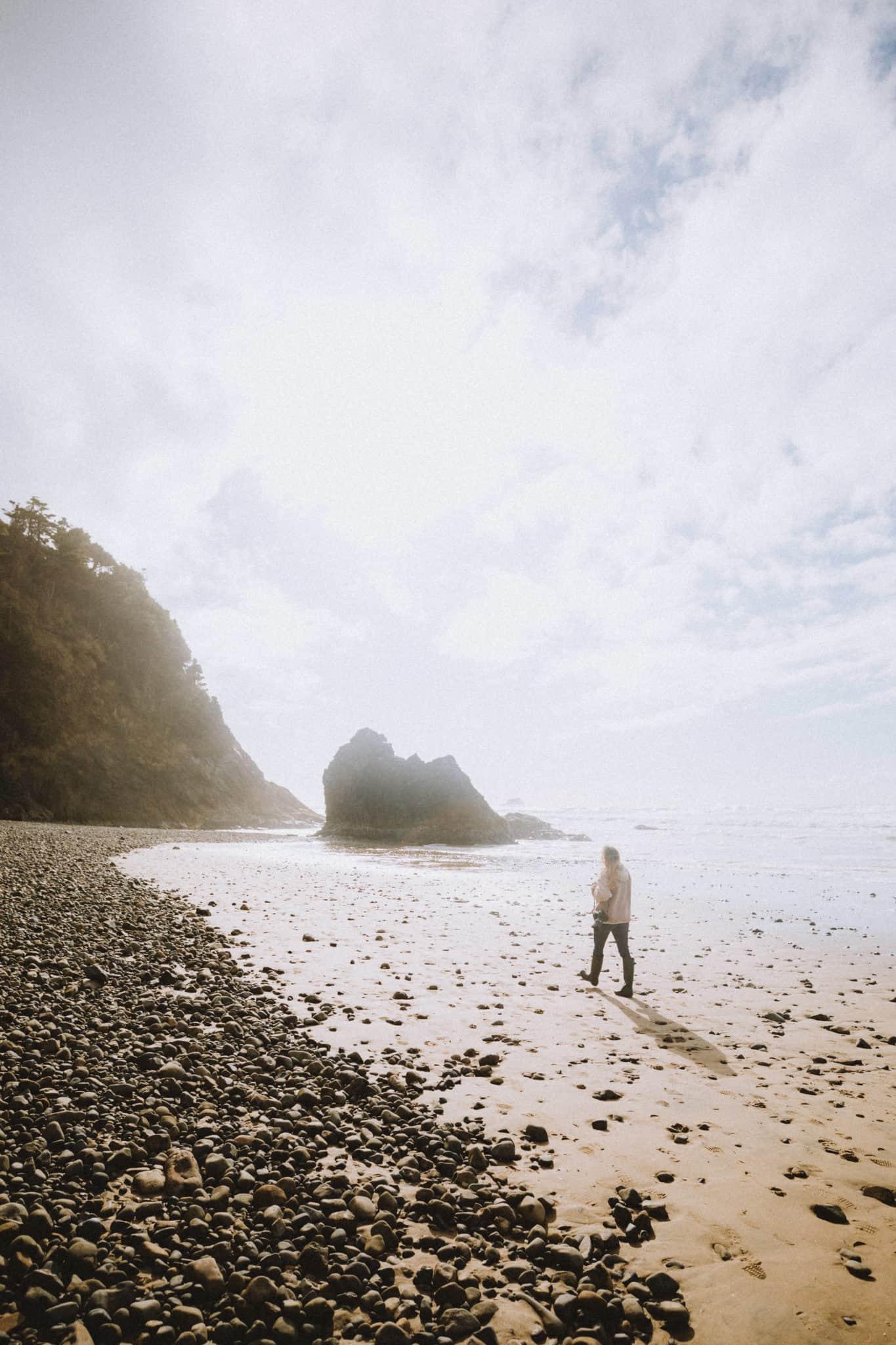Walking on Hug Point Beach, Oregon Coast - TheMandagies.com
