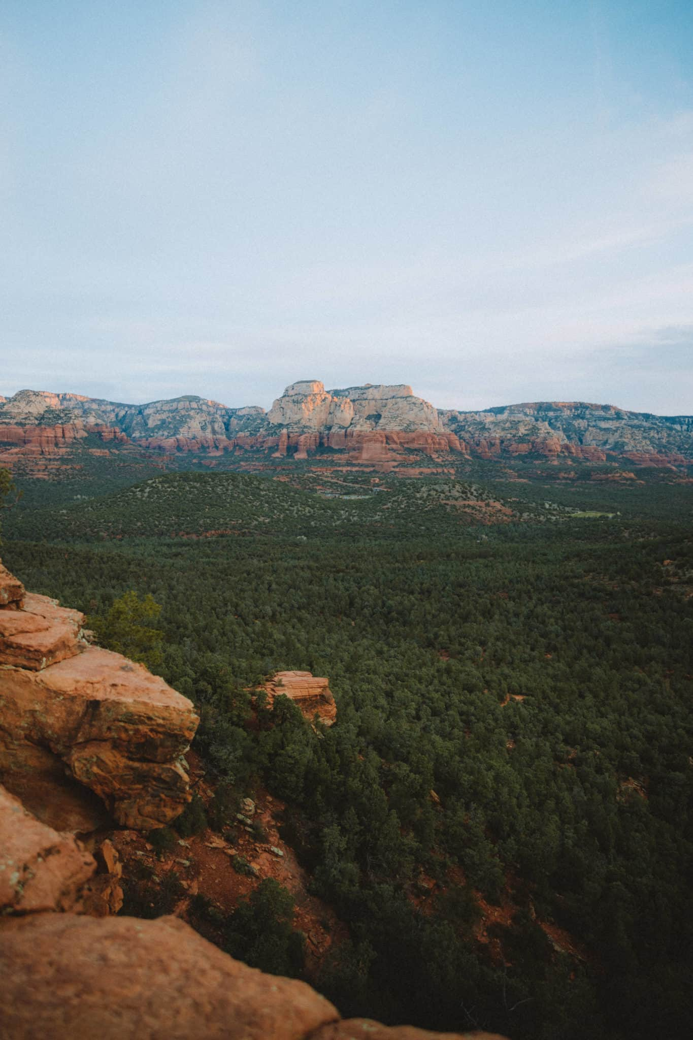 View from the top of Devil's Bridge Trail in Sedona - TheMandagies.com