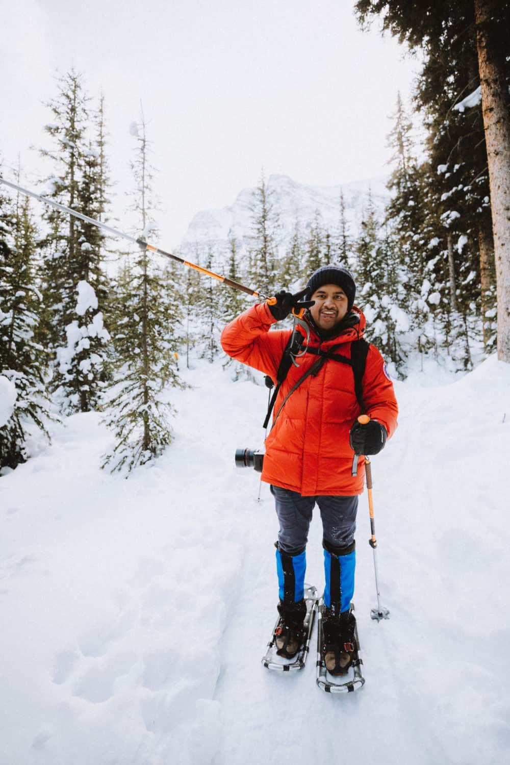Berty in snowshoes, gaiters - Gear to pack for Banff in winter - TheMandagies.com