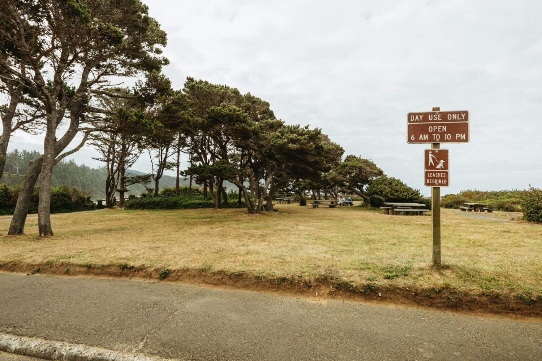 Picnic Area at Devil's Punchbowl Oregon