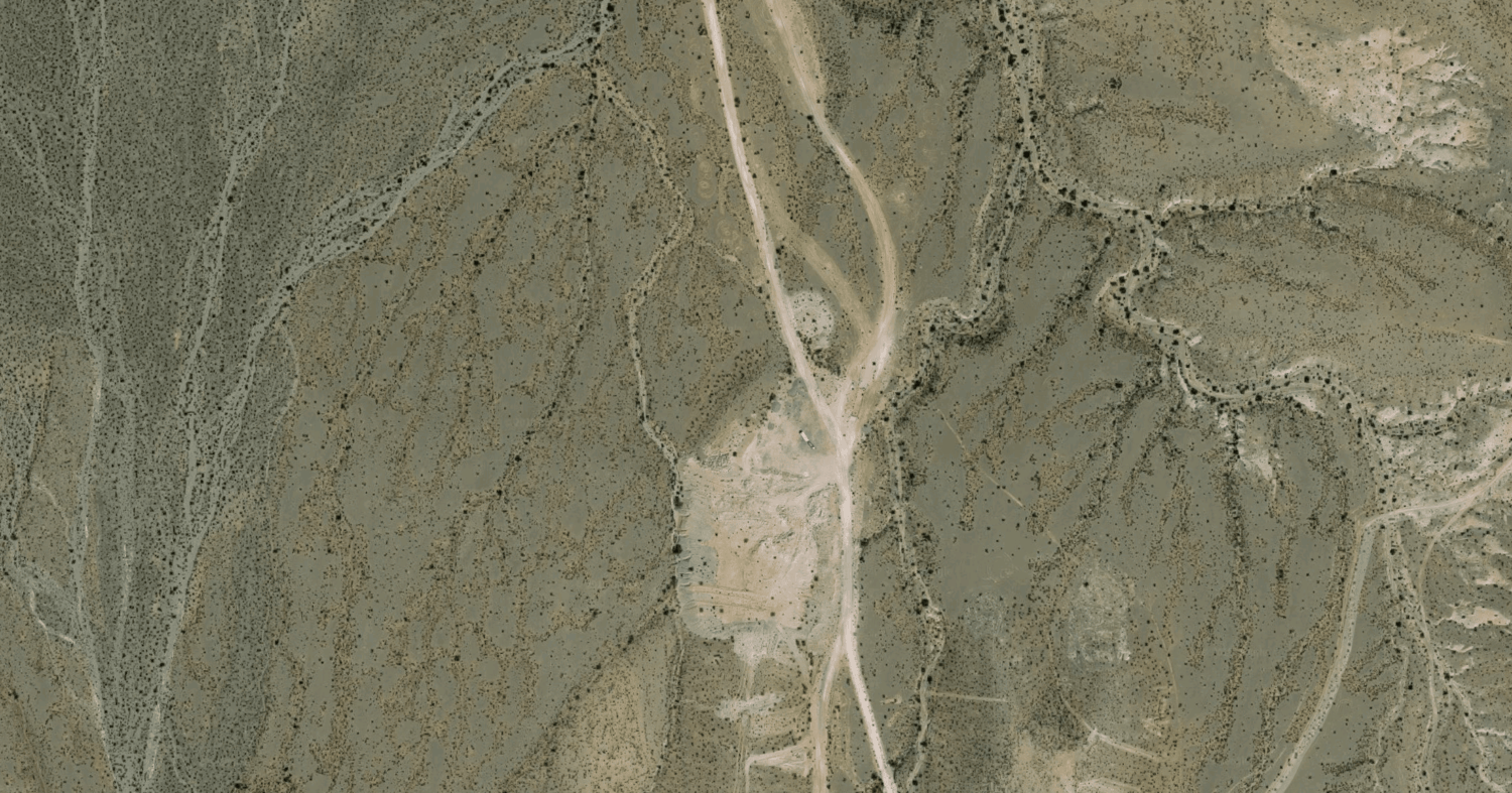 Google Maps satellite view to find free camp sites