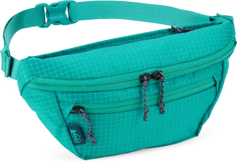 REI co-op fanny pack, wedding gifts for outdoorsy couple