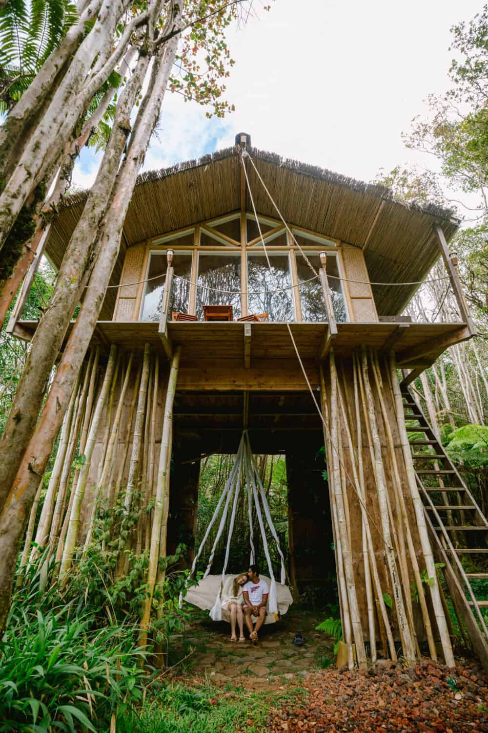 Treehouse in Hawaii - Swing - TheMandagies.com