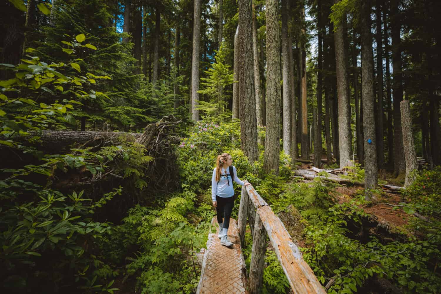 Emily walking on Oregon trails - TheMandagies.com