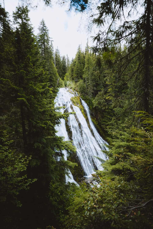 Upper viewing platform of Diamond Creek Falls