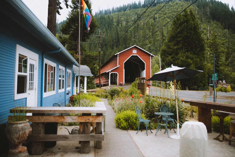 Westfir Lodge near Oakridge, Oregon - TheMandagies.com