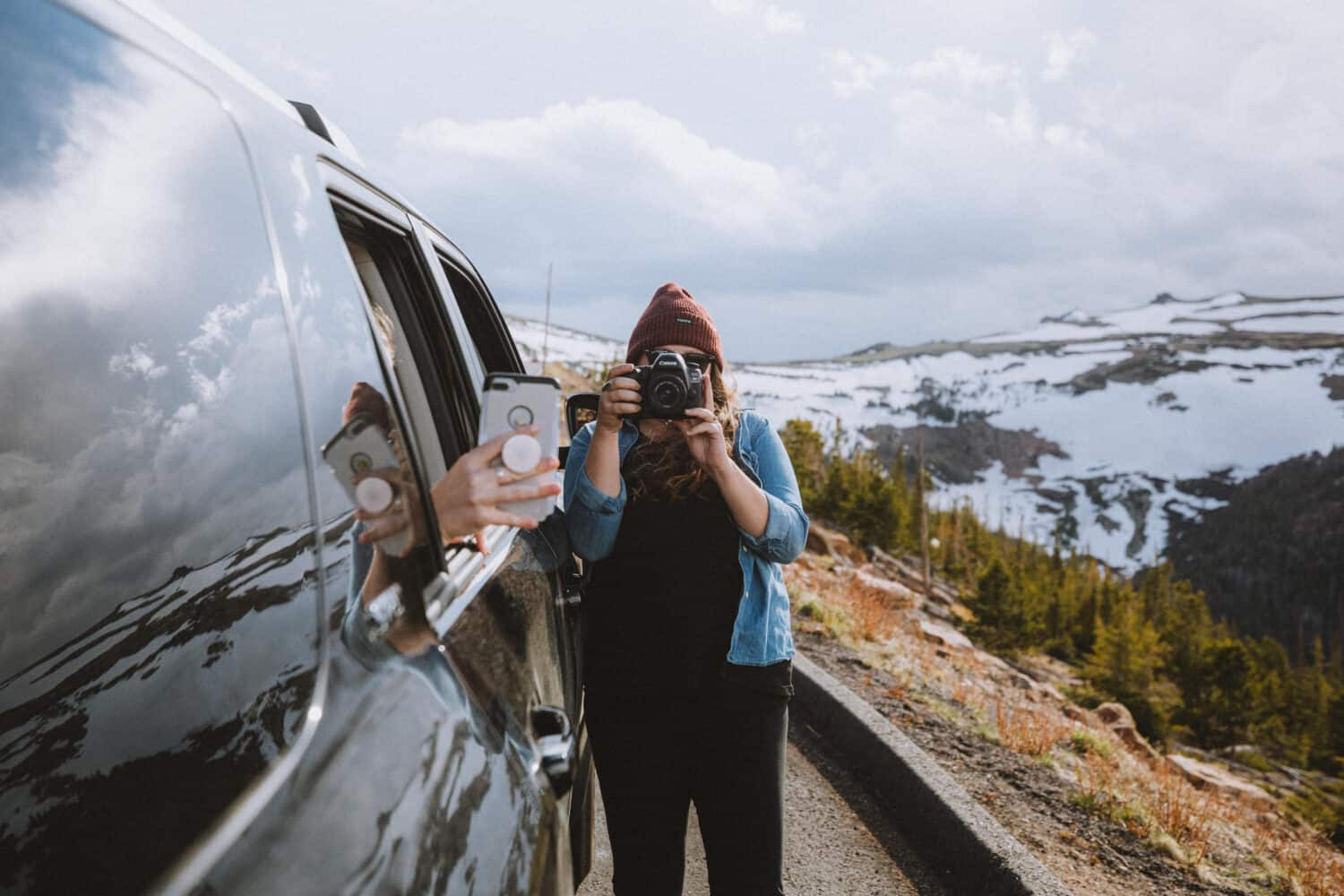 Paige Denkin taking photos - Tundra at Rocky Mountain National Park - TheMandagies.com