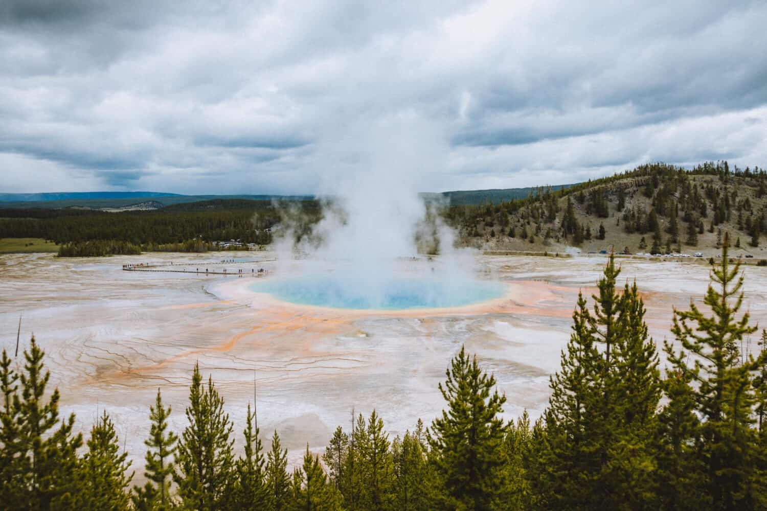 Grand Prismatic Overlook - Yellowstone National Park - TheMandagies.com