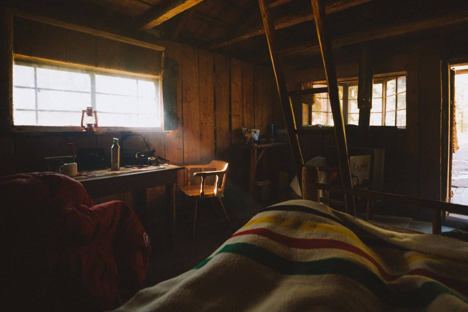 Waking up in the cabin at Burgdorf Hot Springs - TheMandagies.com