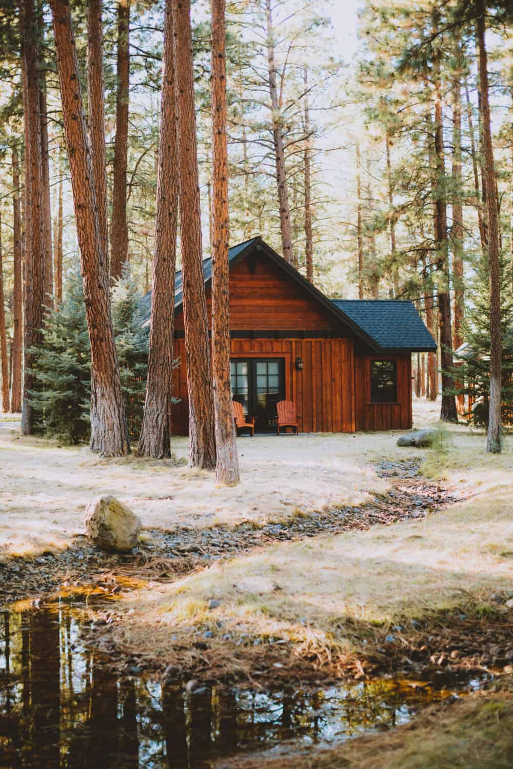 Exterior of FivePine Lodge in Sisters, Oregon - TheMandagies.com