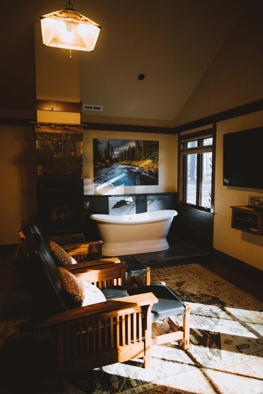 FivePine Lodge Serenity Cabin View - TheMandagies.com