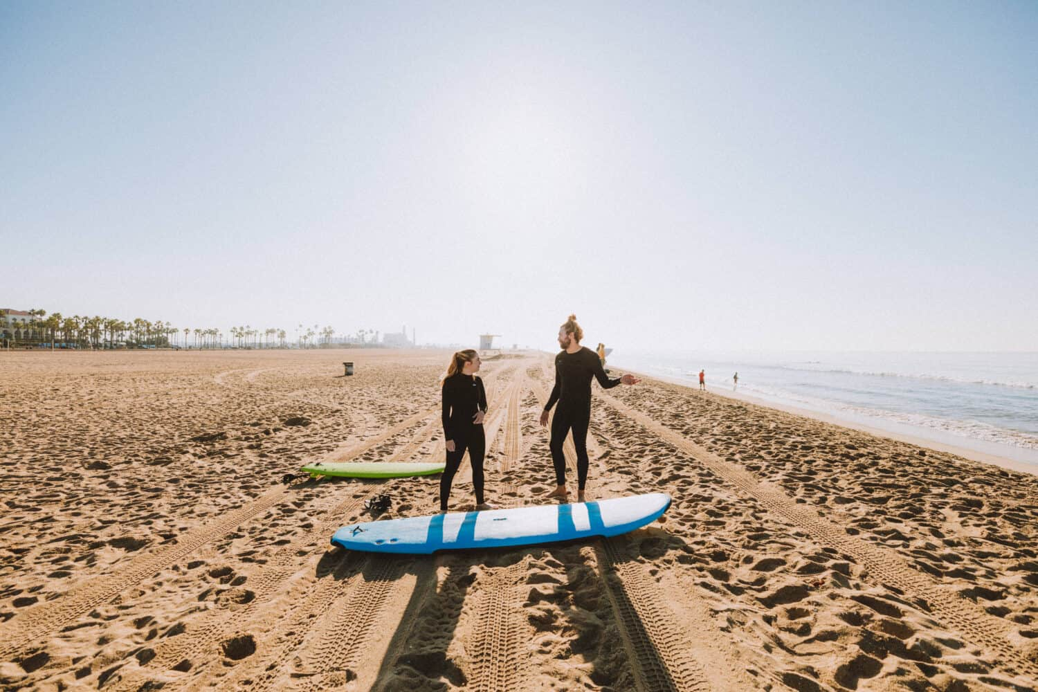 Surf Lessons on Huntington Beach - TheMandagies.com