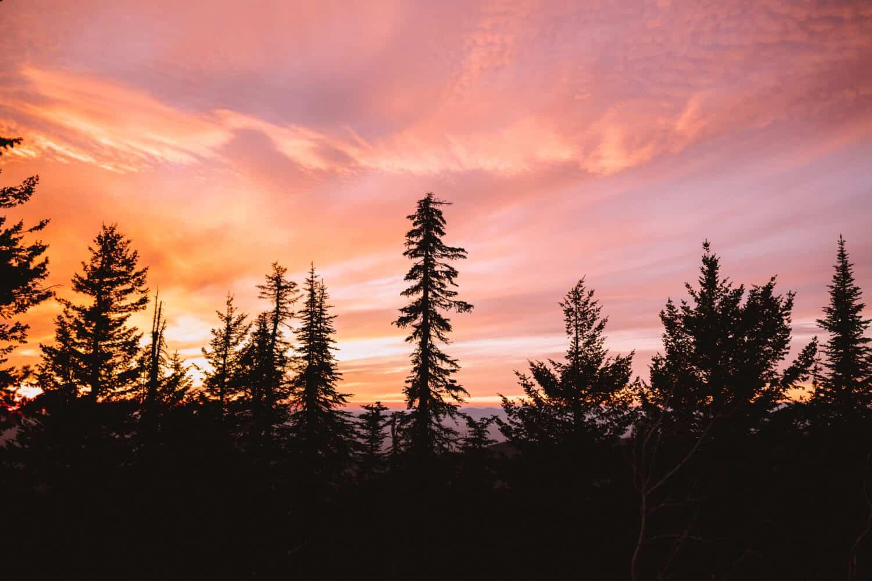 Sunset at Quartz Mountain Lookout in Spokane, Washington TheMandagies.com