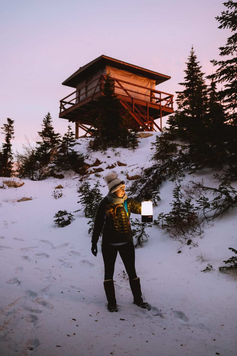 Emily using the Discover Pass during Quartz Mountain Hike