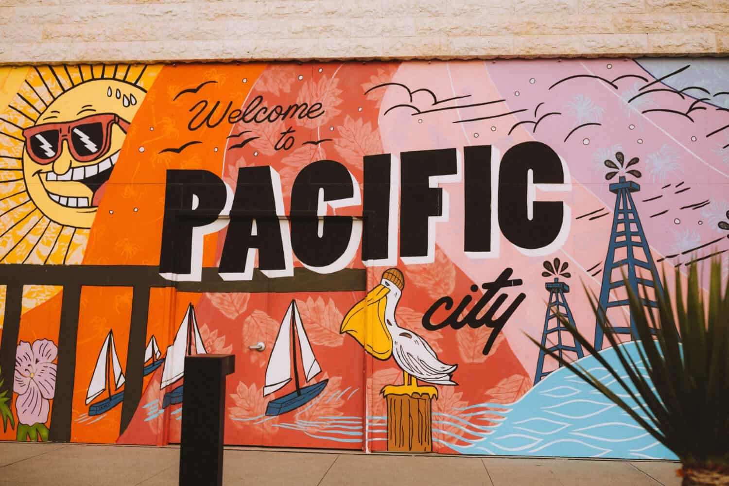 Free Things To Do In Orange County This Weekend - Pacific City Murals