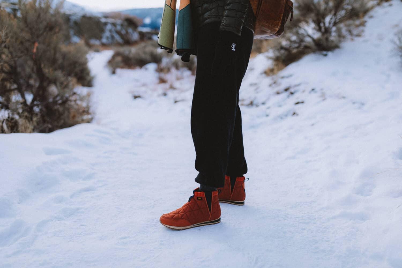 Emily wearing Teva Ember Mids Slippers - TheMandagies.com
