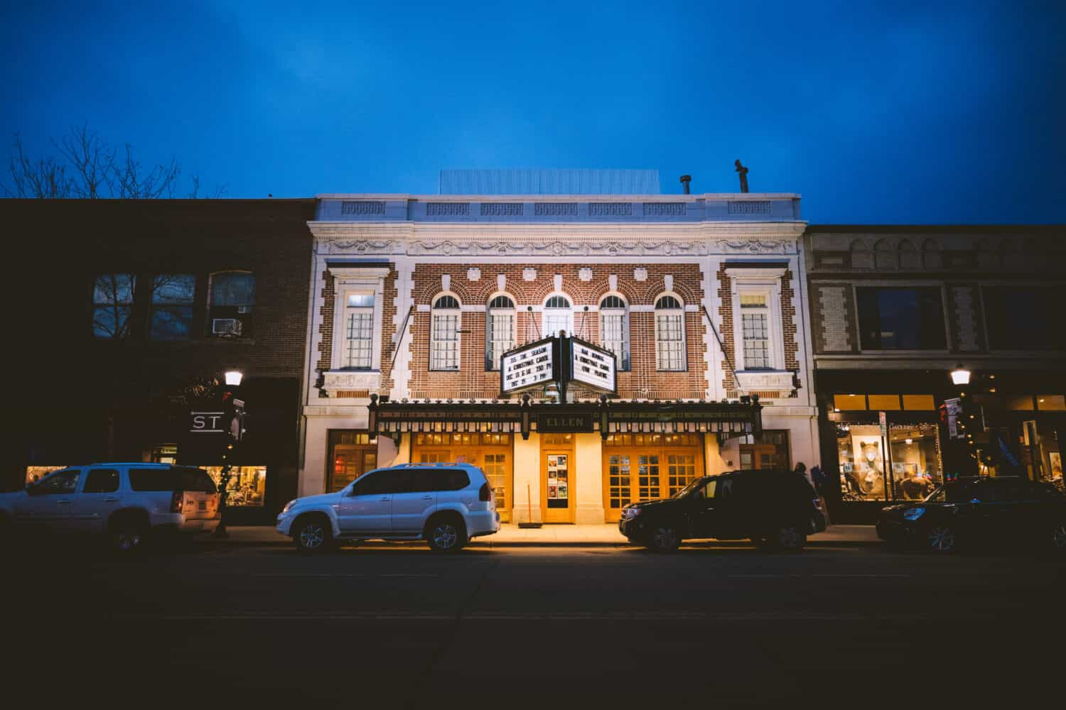 View of the Ellen Theater in Bozeman, Montana - TheMandagies.com