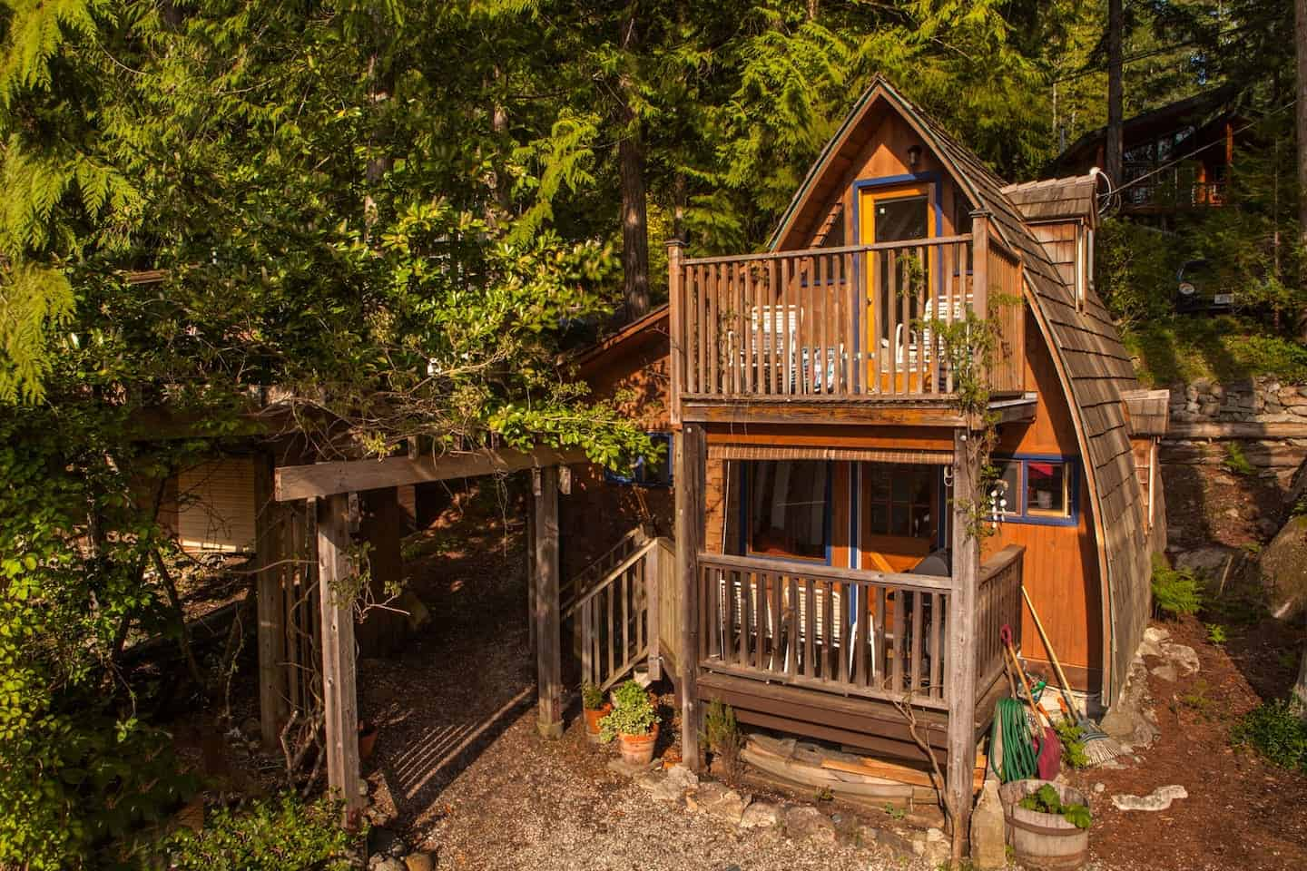 Cabins in the Pacific Northwest - Alfie The A-Frame