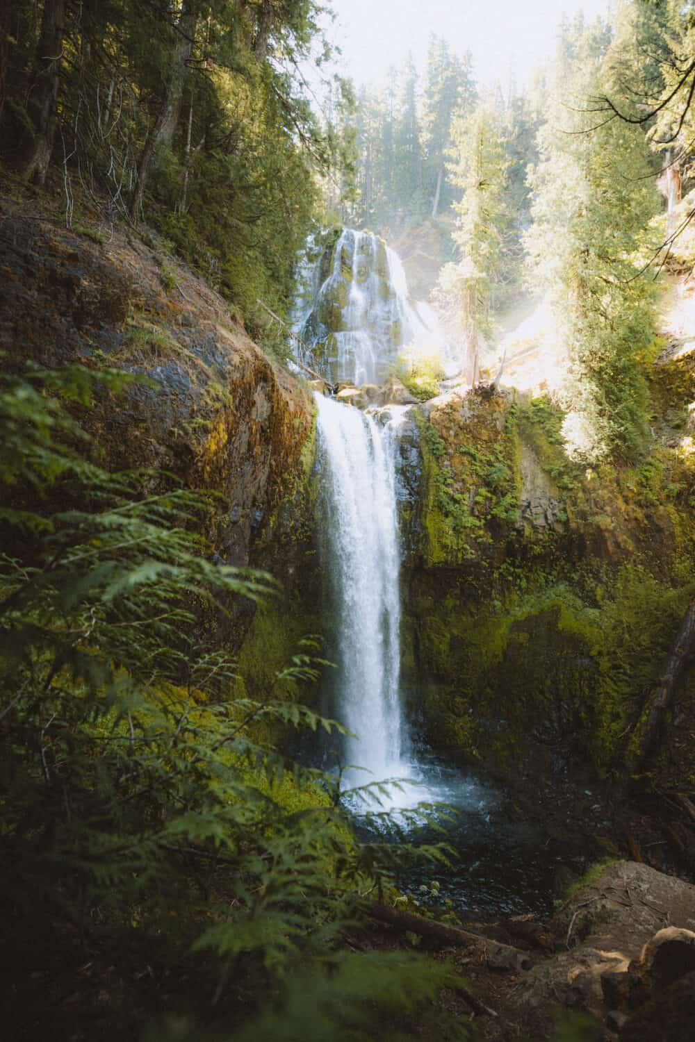 Falls Creek Falls, Washington - Best Weekend Trips From Seattle and Best Weekend Trips From Portland - TheMandagies.com