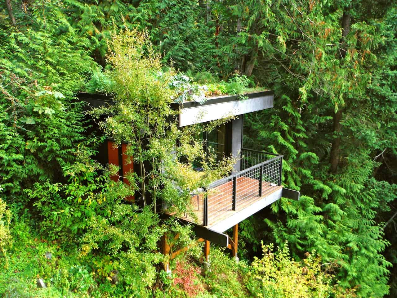 Pleasant Bay Lookout - Cabins in Bellingham, WA