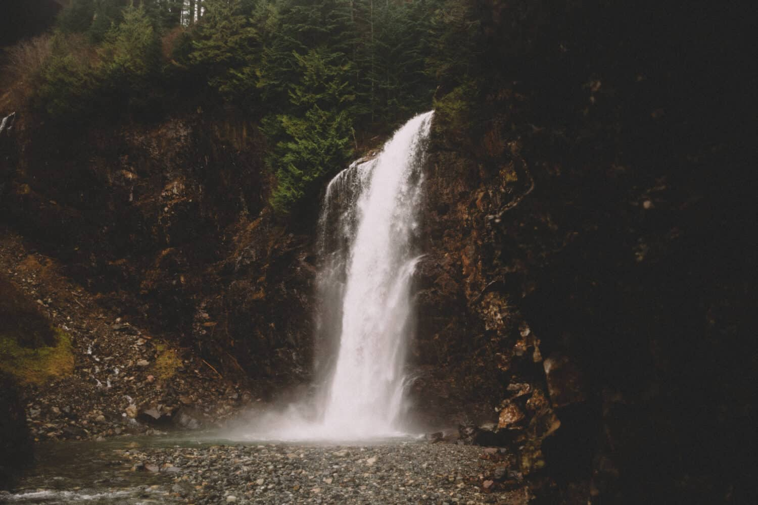 Franklin Falls Trail - Hikes From Seattle, Washington - TheMandagies.com