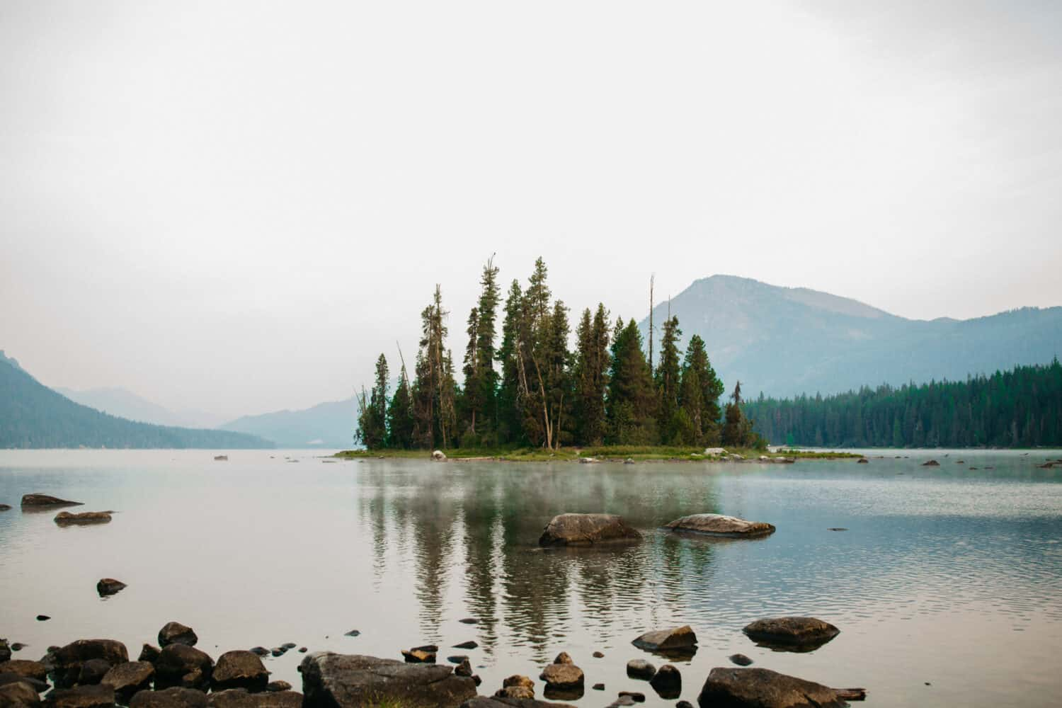 Lake Wenatchee - Places To See In Washington State - TheMandagies.com