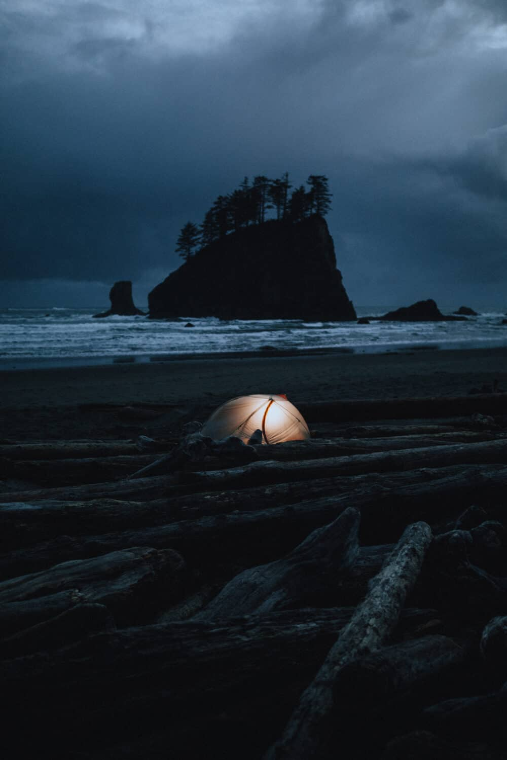 Camping In The Olympic National Park - La Push Second Beach - TheMandagies.com