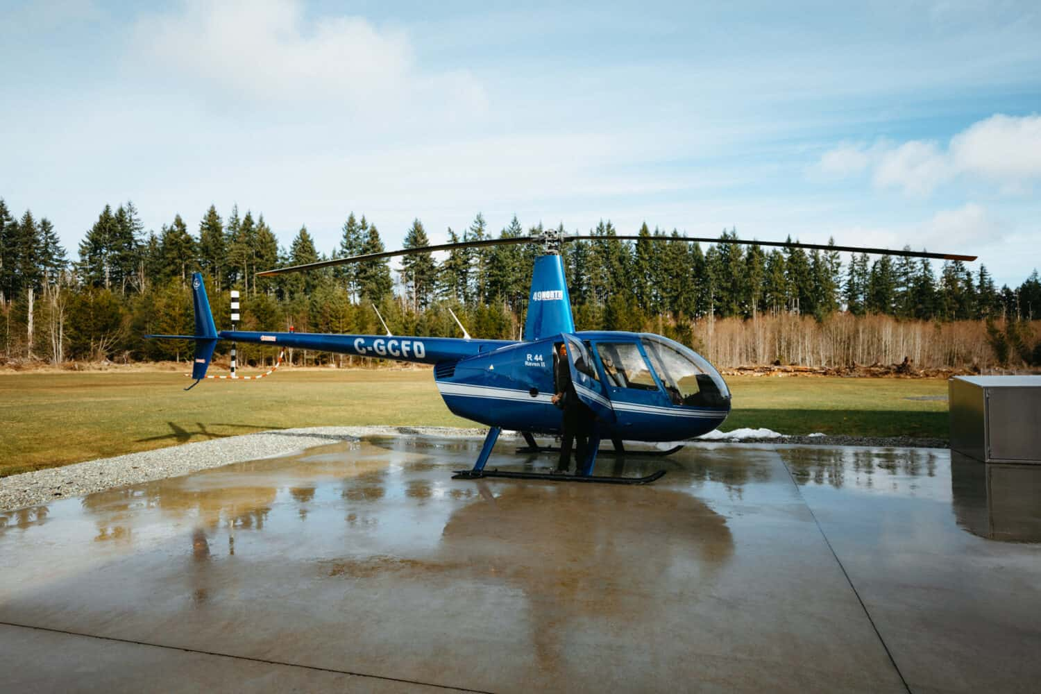 Scenic and Charter Flights in Tofino, BC