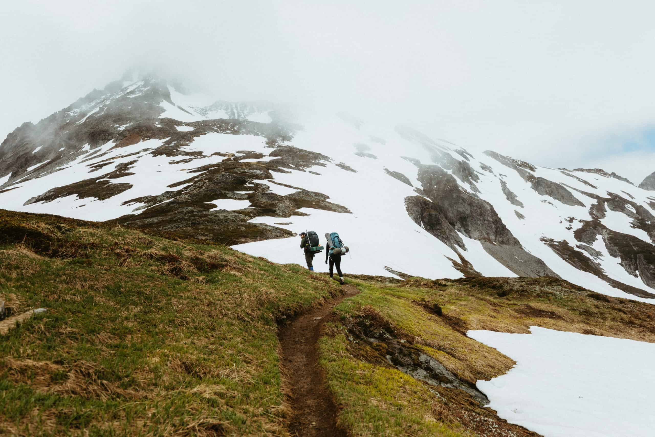 The Complete Guide To Your Beginner Backpacking Gear List