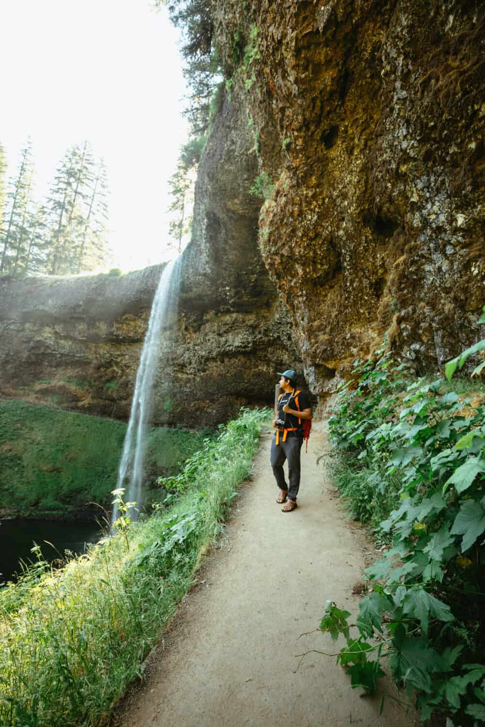 Willamette Valley Weekend Itinerary - Berty Mandagie hiking Silver Falls State Park