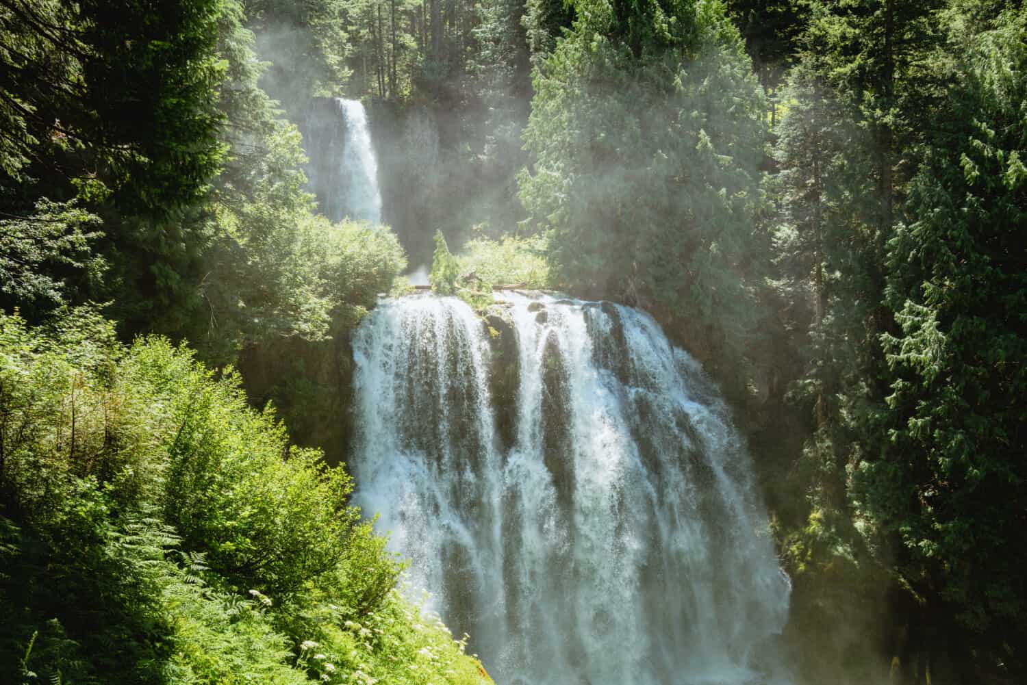 View of Marion Falls and Gatch Falls in Oregon