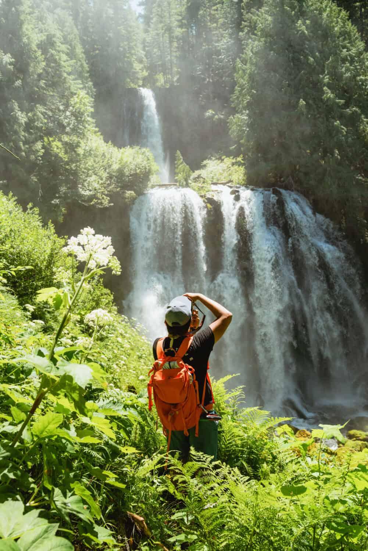 Berty Mandagie photographing Gatch Falls Oregon